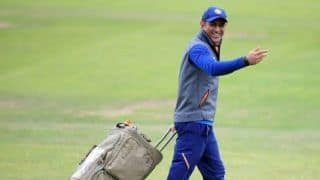 MS Dhoni Begins Practicing With Jharkhand Ranji Team on The Day of Being Axed From BCCI's Central Contracts List